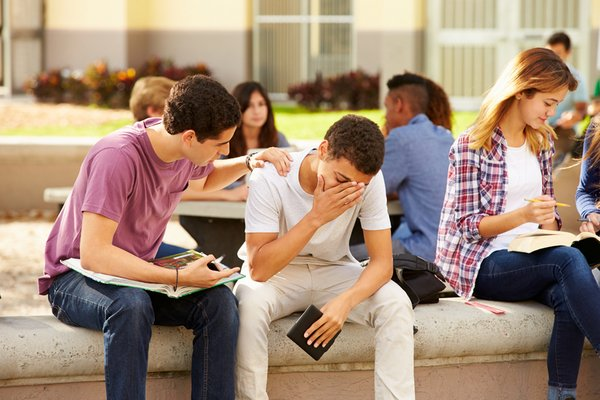 How to Combat Falling College Graduation Rates