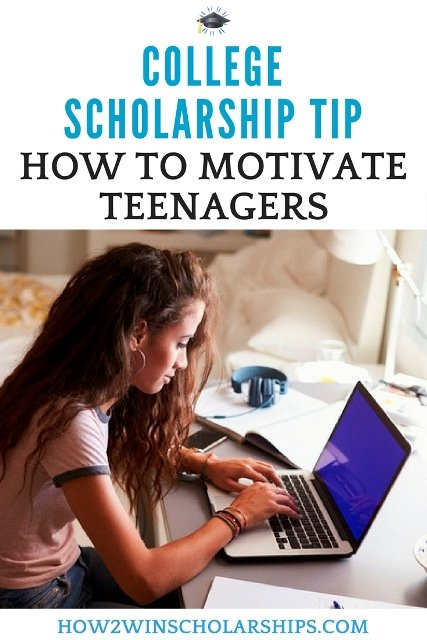 Get teenagers excited about college scholarship work with these tips! #college #scholarships #ScholarshipMom