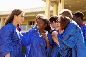 College Scholarship Advice for High School Seniors