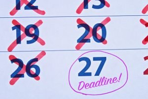 This college scholarship tips will save students a TON of time!